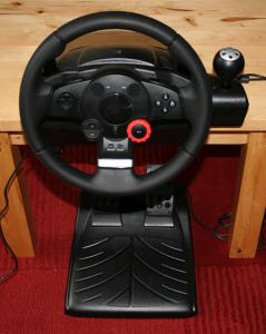 Logitech: Driving Force GT